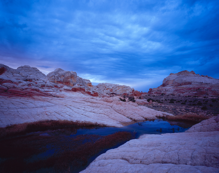 White Pocket Pool and Clouds, Arizona - Tirage Cibachrome