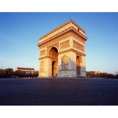 Covid-19, Arc de Triomphe, Paris, France