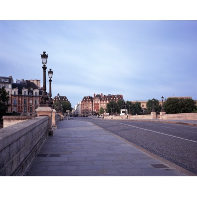 Covid-19, Pont Neuf, Paris, France